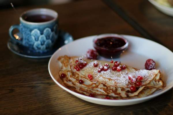 Pancakes with Lingonberries